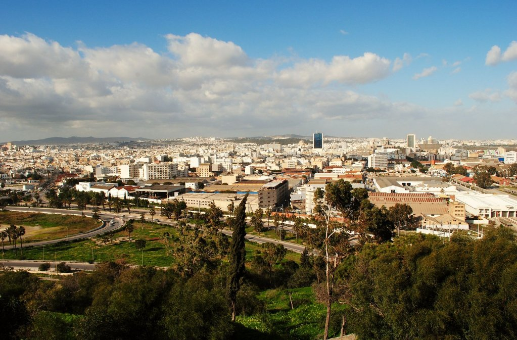 Wikipédia |Vue de Tunis, Tunisie. C'est dans le quartier de Najmatar que des ressortissants ivoiriens ont été agressés.