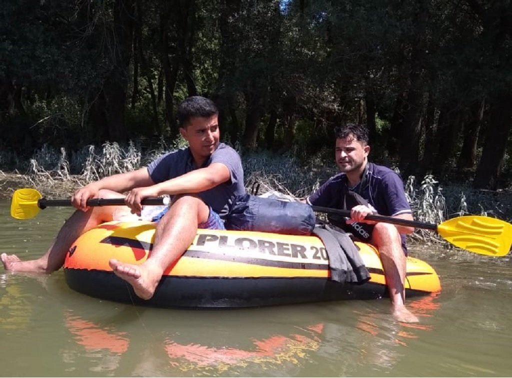 أثناء عبور نهر الدانوب إلى كرواتيا