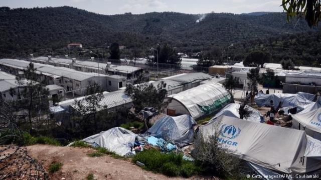 مخيم للاجئين في جزيرة ليسبوس في اليونان