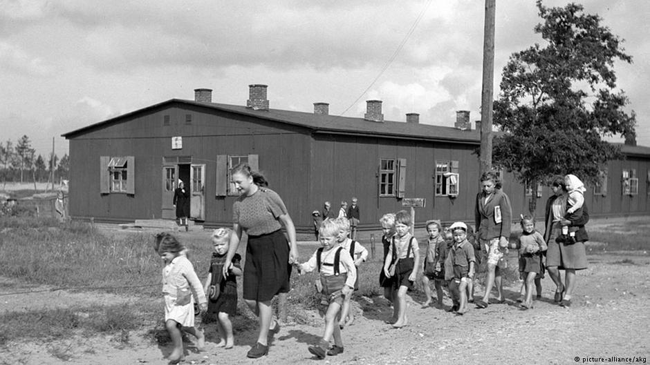 La Seconde Guerre mondiale a fait plus de 12 millions de déplacés internes en Allemagne- dont beaucoup d'enfants.