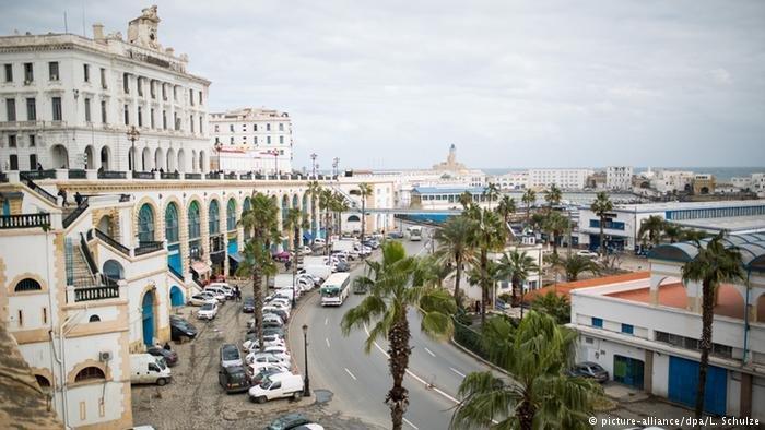 A Alger comme ailleurs en Algérie, la crise se fait sentir