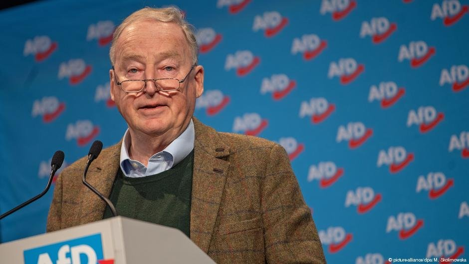 AfD leader Gauland has stopped short of demanding Germany leave the EU | Photo: Picture-alliance/dpa/M.Skolimowsa