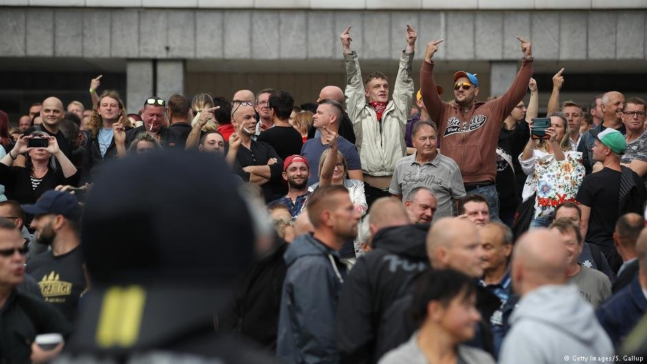 Far-right protesters shouted abuse at counterprotesters | Photo: Getty Images/S.Gallup