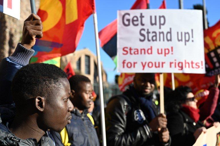 Vincenzo PINTO / AFP |Le mot d'ordre du cortège était «Get up, Stand up, Stand up for your rights», du titre de la célèbre chanson de Bob Marley.
