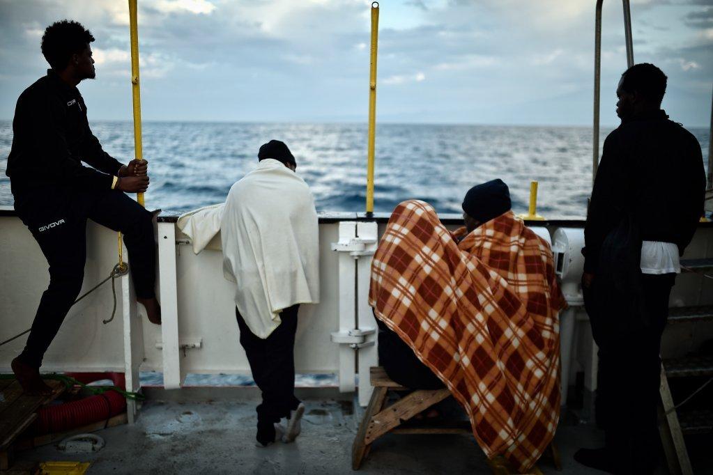 کشتی اکواریوس در آب های سیسیل در ماه می ٢٠١٨. عکس از لویزا گولیاماکی، خبرگزاری فرانسه