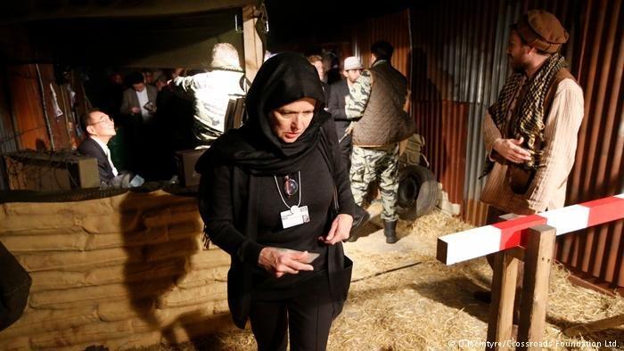 التجارب مستمدة من قصص لاجئين من 15 دولة على مدار عشرين عاماً