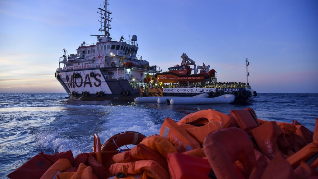 Un navire de sauvetage en Méditerranée de l'ONG maltaise Moas, le 5 novembre 2016. Crédit : AFP