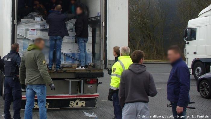picture-alliance/dpa/Bundespolizei Bad Bentheim