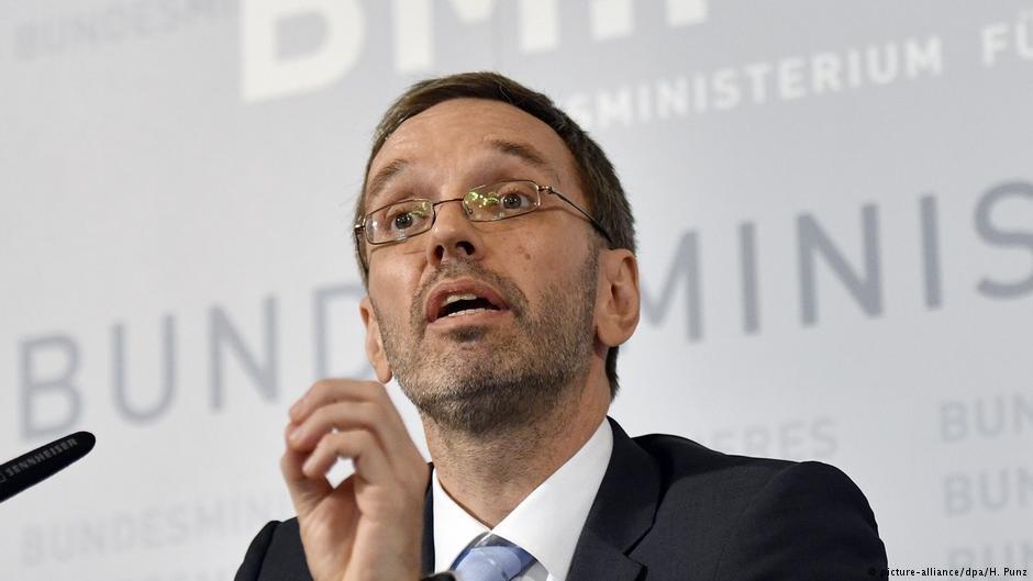 هِربرت کیکل، وزیر داخله اتریش