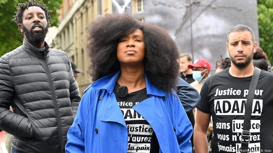 Adama Traoré's sister Assa Traoré told protestors they 'fight for everyone' | Photo: picture-alliance/dpa/B. Guay