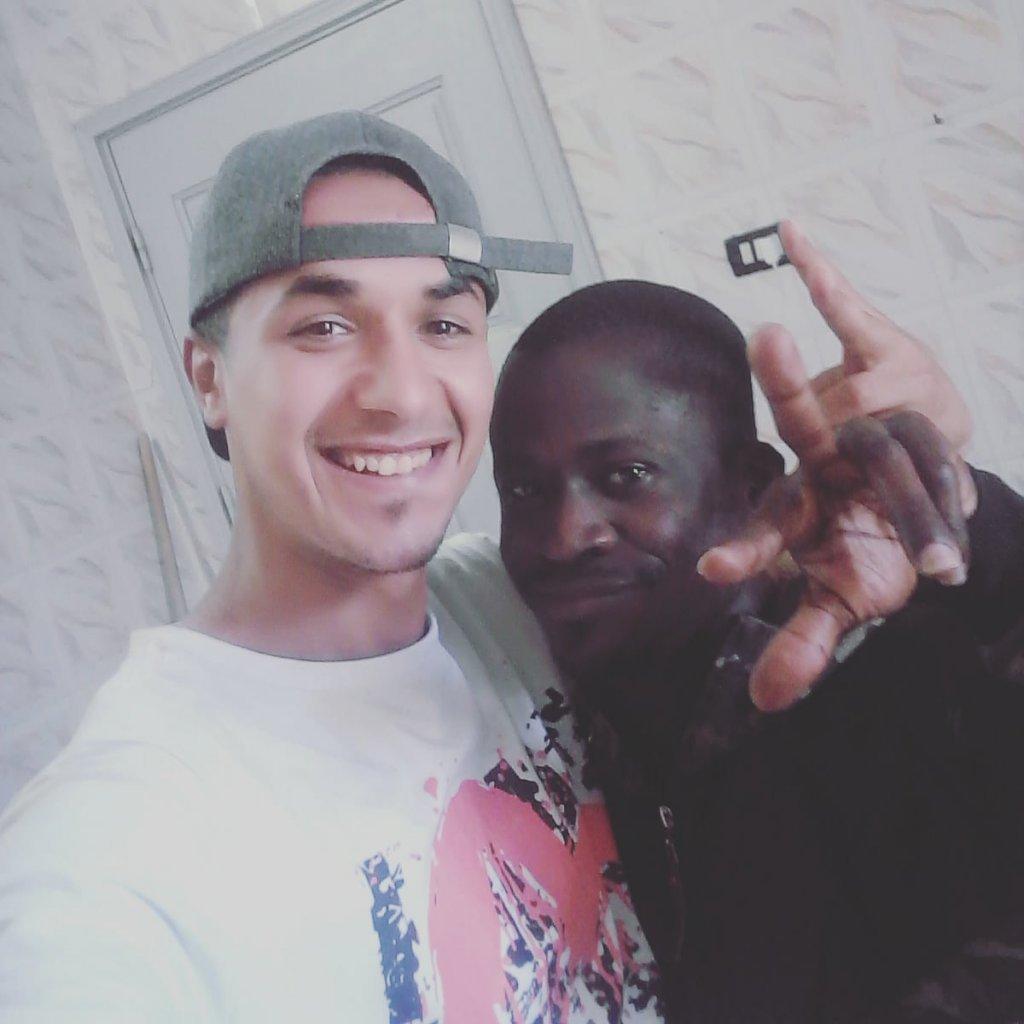 Waël et un de ses amis, décédé pendant le naufrage du 2 juin. Crédit : InfoMigrants