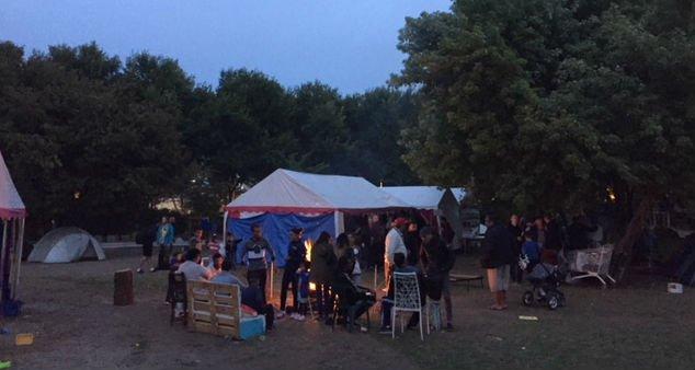 Les associations organisent chaque jour des distributions de repas Crdit  Clermont fait monde