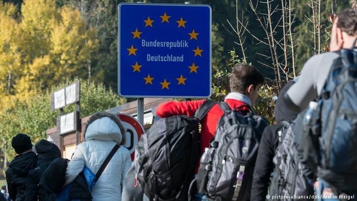 منذ بداية أزمة اللجوء وصل أكثر من مليون ونصف طالب لجوء إلى ألمانيا