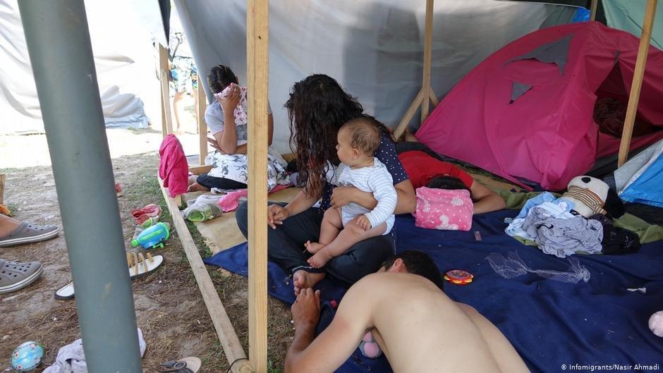 Migrants living in tents in Bosnia near the border town Velika Kladusa  Photo Naser Ahmadi InfoMigrants