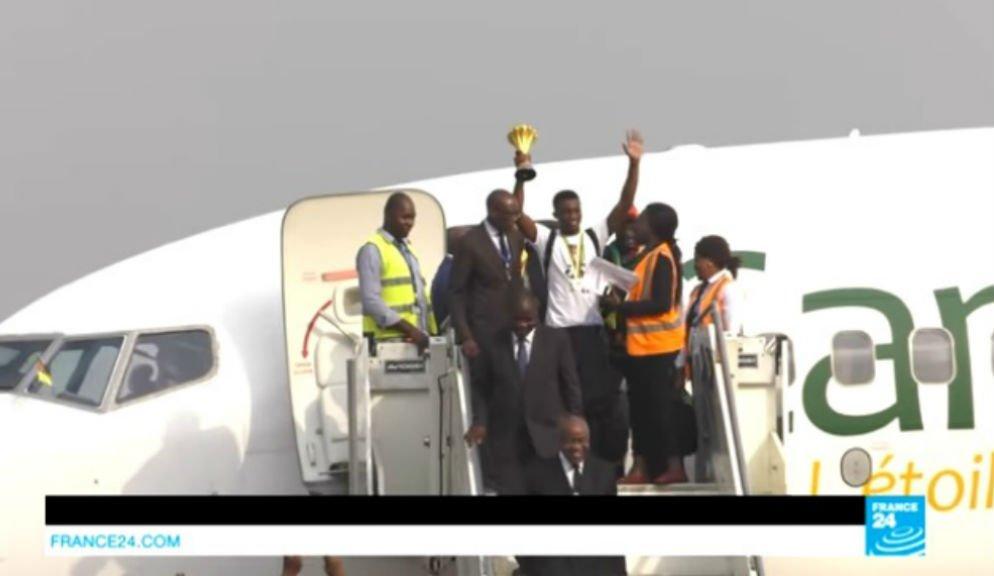 Les champions de la CAN-2017 sont rentrés au Cameroun, le 6 février 2017.