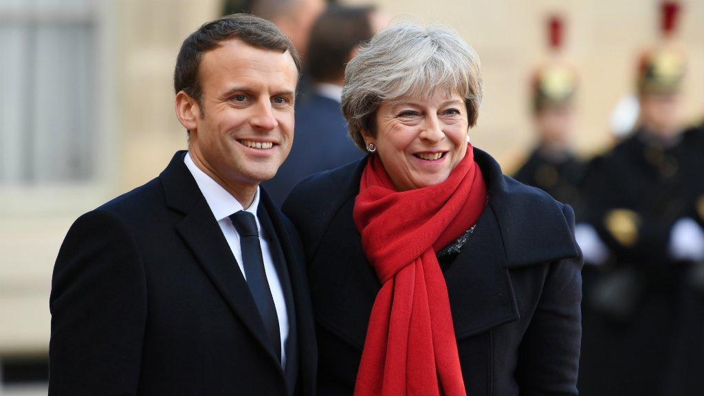 Alain Jocard, AFP (archives) |Emmanuel Macron et Theresa May, le 12 décembre 2017, à l'Élysée.