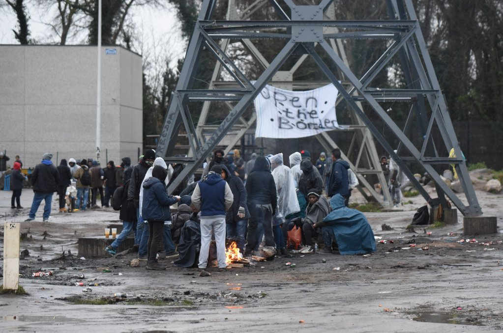 Migrants wait in Calais in hopes of reaching the UK. (Photo: Mehdi Chebil)