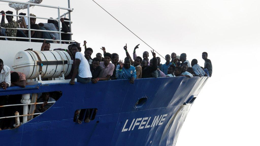 Le navire Lifeline en juin 2018. Crédit : Hermine Poschmann/Misson-Lifeline/Handout via REUTERS