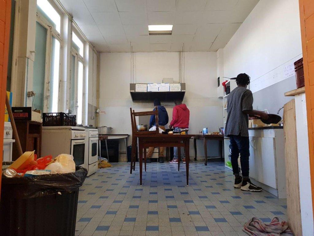 La cuisine du squat Saint-Just Crdit  Anne-Diandra Louarn  InfoMigrants