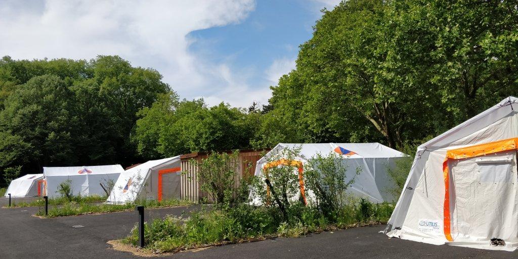 Les tentes peuvent accueillir 10 migrants Crdit  InfoMigrants