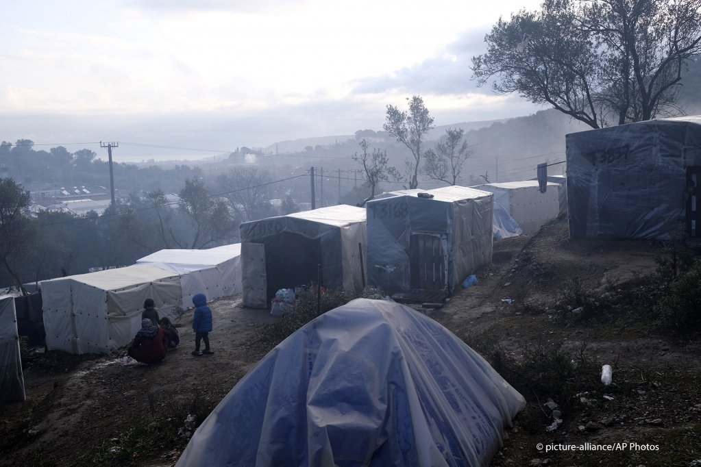 Tents outside Moria camp on Lesbos island January 28 2020  photo picture-allianceAggelos Barai