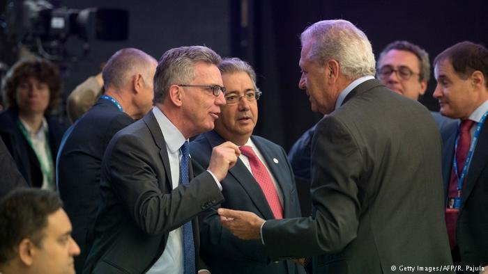 De Maiziere says EU countries are 'far apart from each other with regard to solidarity'