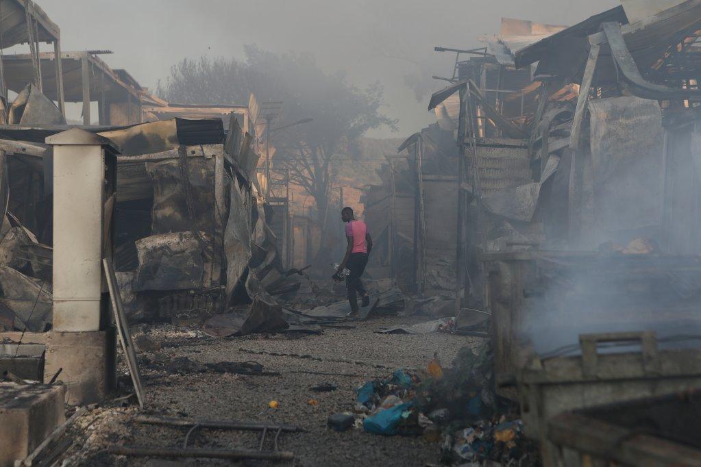 Des milliers de personnes n'ont plus d'habitations. Crédit : Reuters