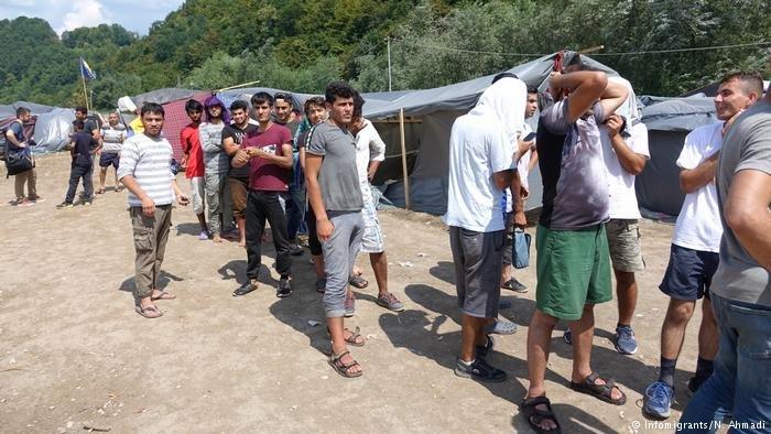 De nombreux migrants se plaignent davoir subi des violences de la part de la police