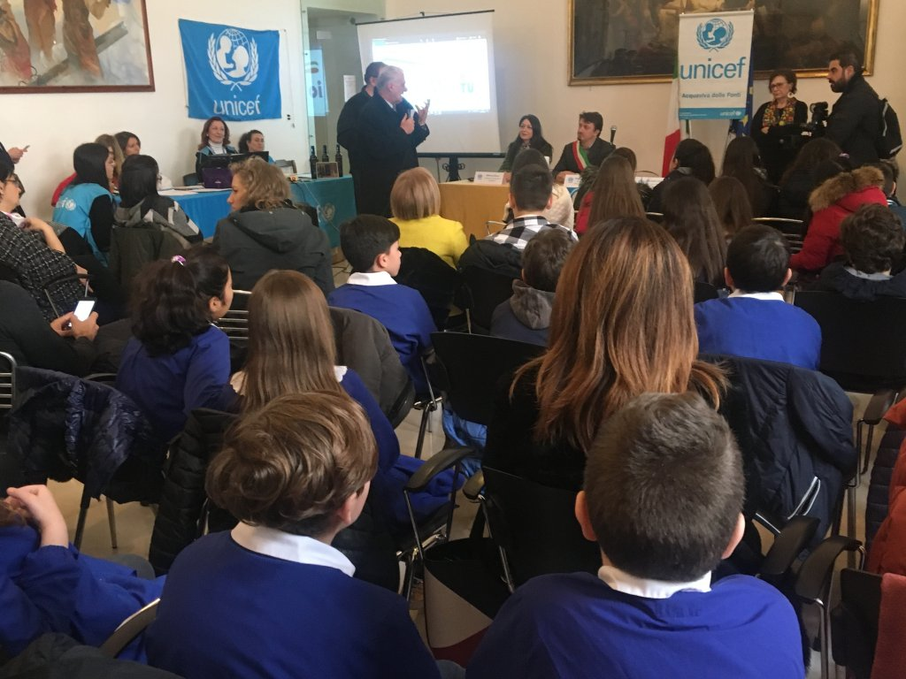 Fifty children were given honorary Italian citizenship in the ceremony | ANSA