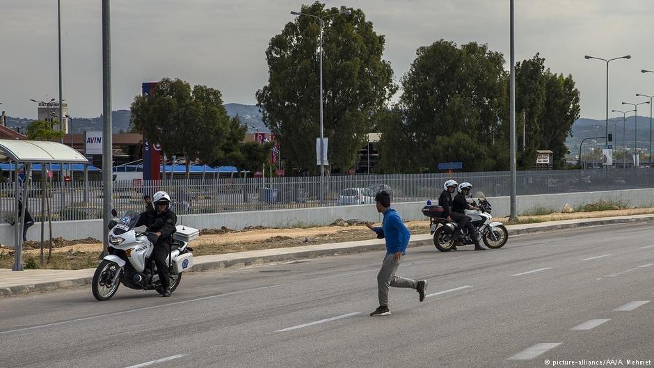 عملیات پولیس برای بازداشت مهاجران در بندر پاتراس