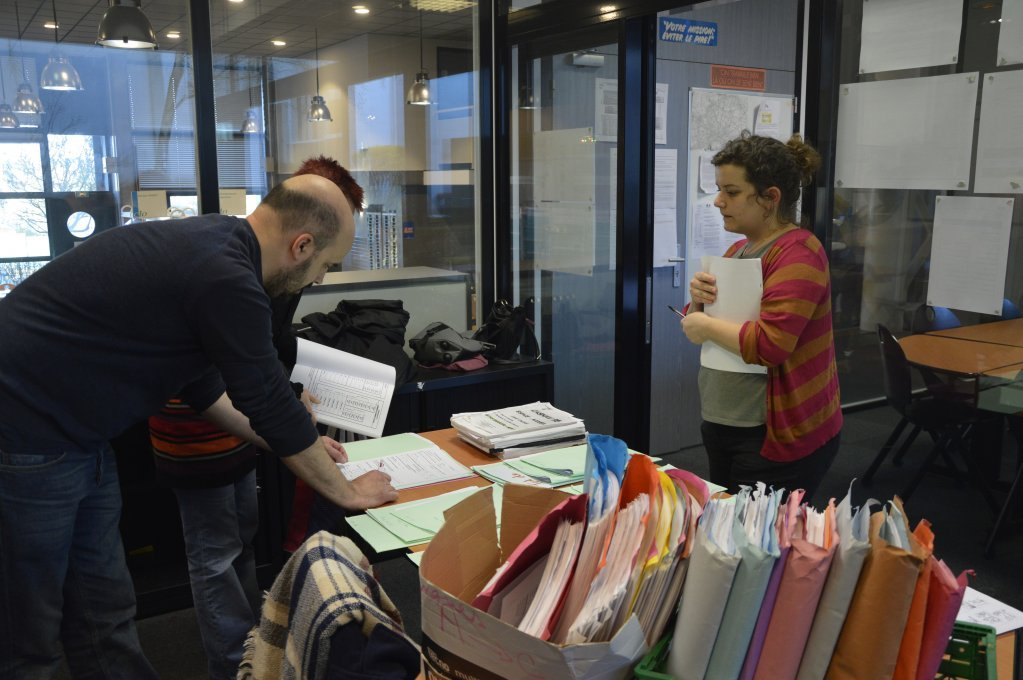 These French teachers prepare evaluations for newly arrived children on March 29 in the CIO in Sarcelles Photo Mava Poulet