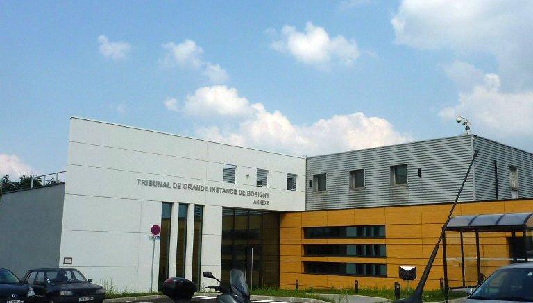 AFP PHOTO / ALIX RIJCKAER |Une annexe du tribunal de Bobigny à Roissy.