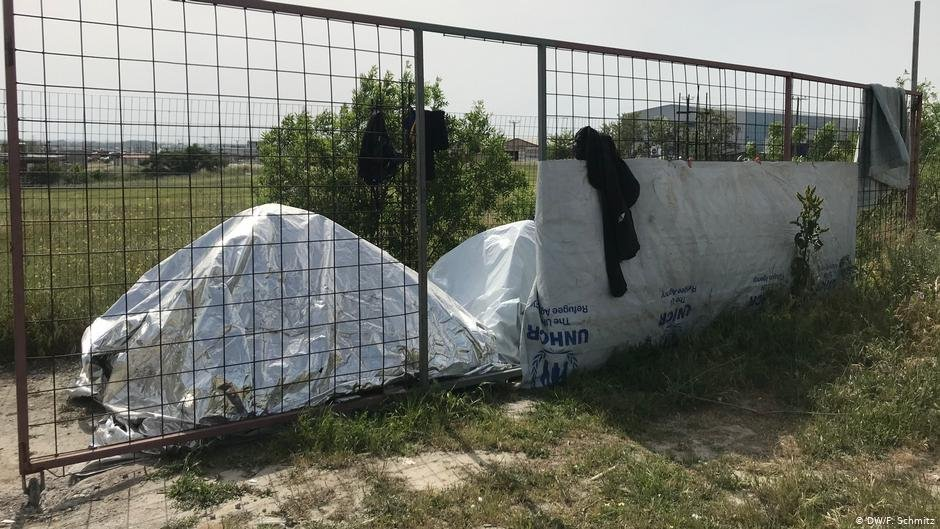Makeshift tents outside the refugee camp Diavata near Thessaloniki  Photo DWF Schmitz
