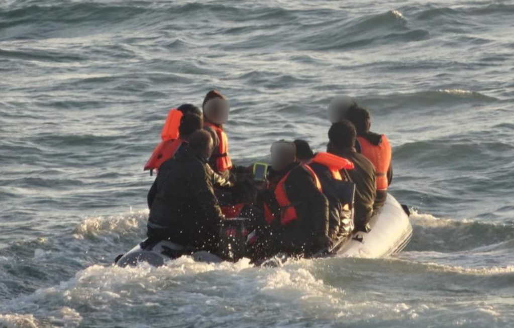 A screenshot of one of the photos on the Prfecture martimes twitter feed of one of the rescues from Monday September 7  Source Twitter feed Prfecture maritime Manche et mer du Nord