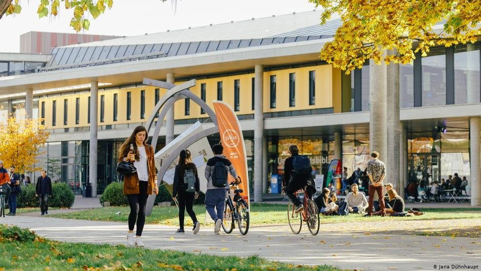 Attracts international students: The Otto-von-Guericke University in Magdeburg | Photo: Jana Dünnhaupt