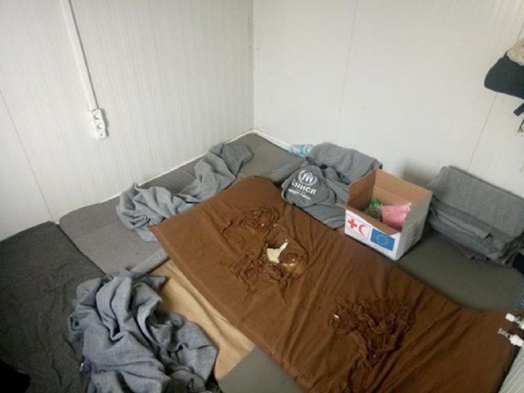 إحدى غرف النوم داخل المخيم. الصورة أرسلها لنا صاحب الشهادة