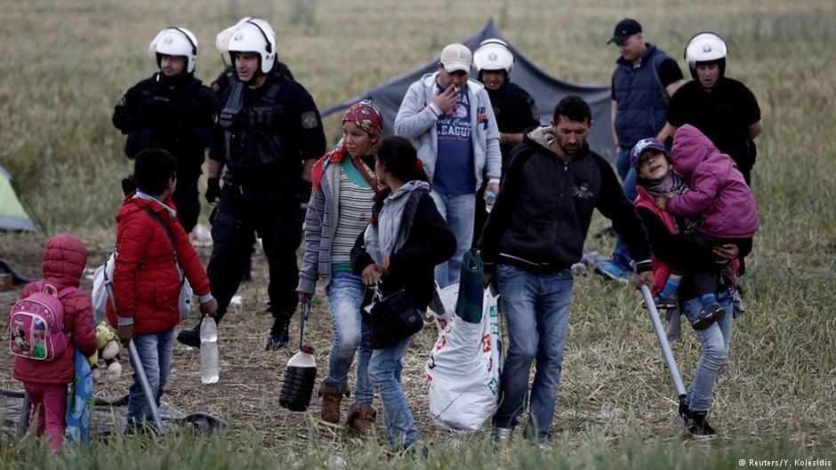 عکس از آرشیف دویچه وله/ پولیس یونان و مهاجران
