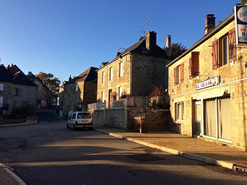 À Peyrelevade, petit village de Corrèze, 70 demandeurs d'asile tentent de se reconstruire. Crédit: Corinne Binesti