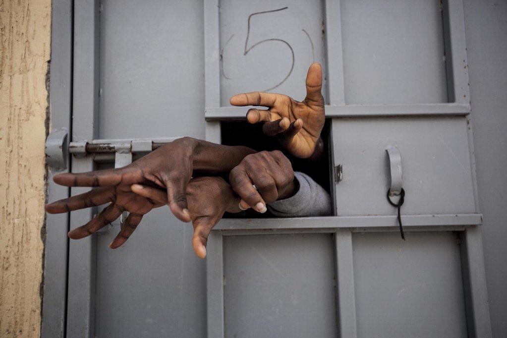 Image d'archives dans un centre de détention libyen. Crédit : Reuters