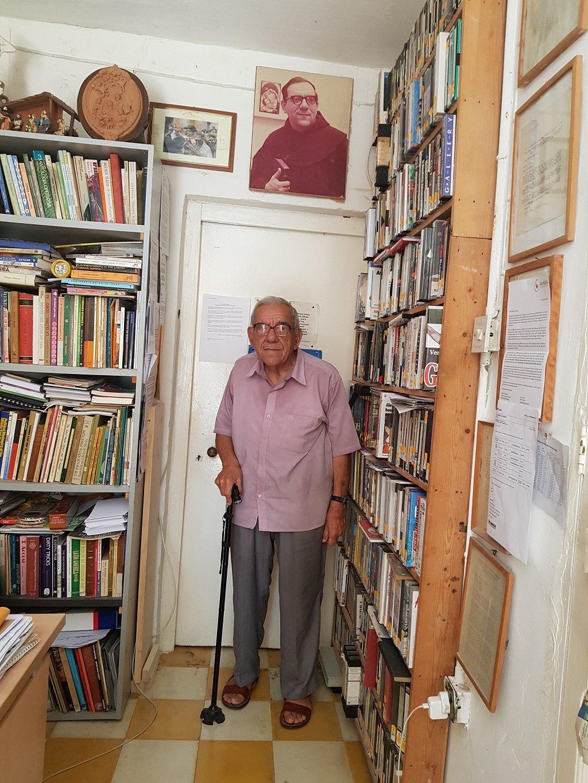 """ديونيسوس مينتوف، مؤسس جمعية """"مختبر السلام"""" في مالطا. مهاجر نيوز"""