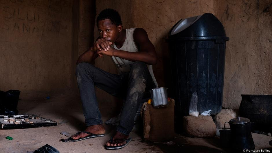 Migrant Ba Massa from Guinea wants to leave Agadez and move on | Photo: Francesco Bellina