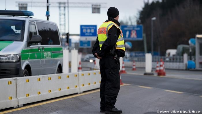 Police standing at border between Austria and Germany