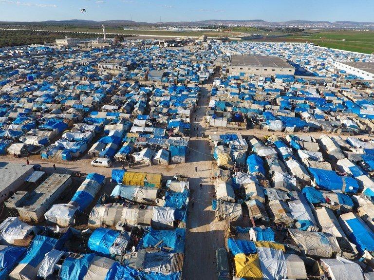 Zein Al RIFAI / AFP |Vue aérienne du camp de Bab al-Salama en Turquie près de la frontière avec la Syrie.