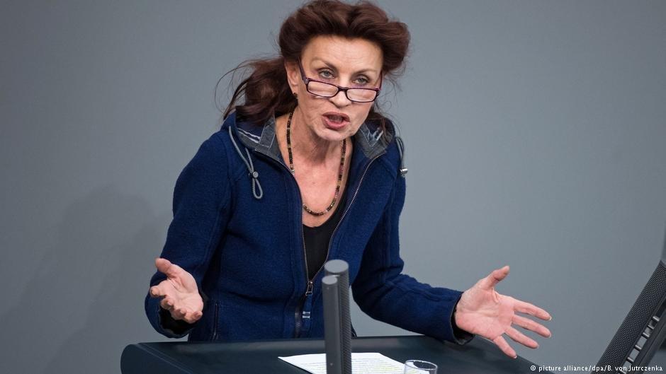 اولا یلپکه، سخنگوی سیاست داخلی حزب چپهای آلمان