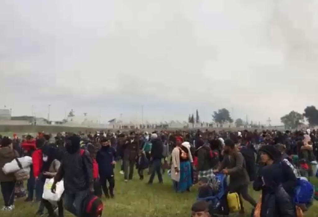 گروهی از پناهجویان در یونان