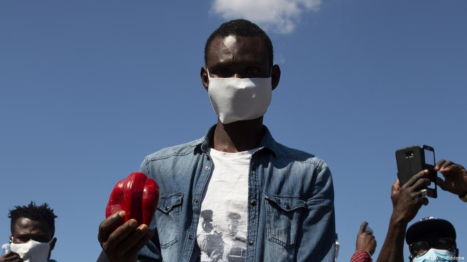 An agricultural worker at a protest in Rome | Photo: DW/E. Oddone