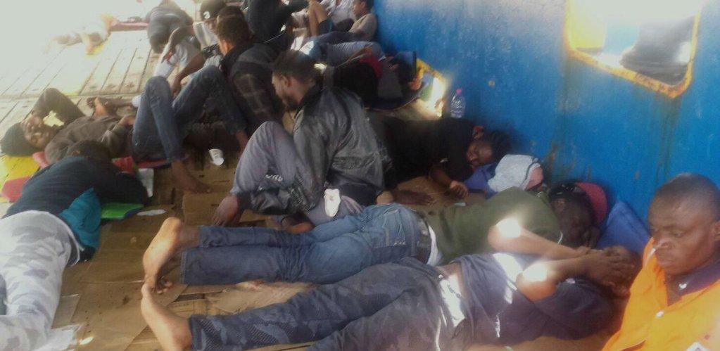 Quarante migrants sont bloqués au large de la Tunisie depuis plusieurs jours. Crédit : InfoMigrants