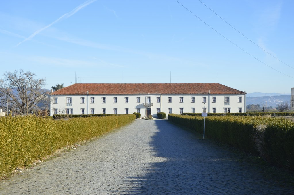 The town of Fundão rents the former religious seminary and its compound. Since September, the compound houses 19 migrants rescued by the Aquarius humanitarian vessel, who have been sent to Portugal as part of the European resettlement program. | Photo: Maëva Poulet / InfoMigrants.