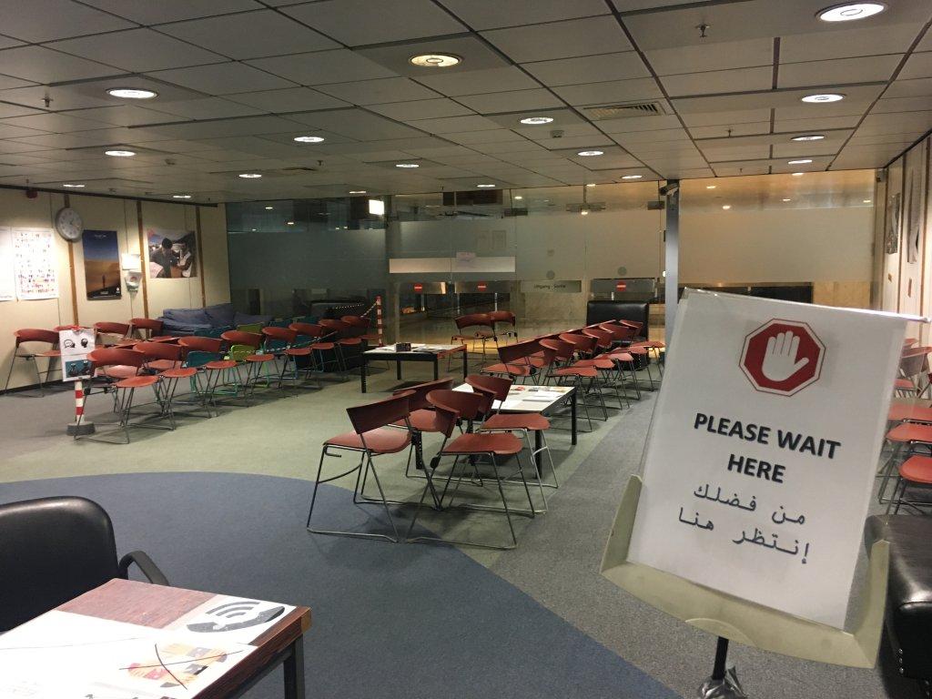 La salle dattente du centre humanitaire avant louverture Crdit  InfoMigrants  Leslie Carretero