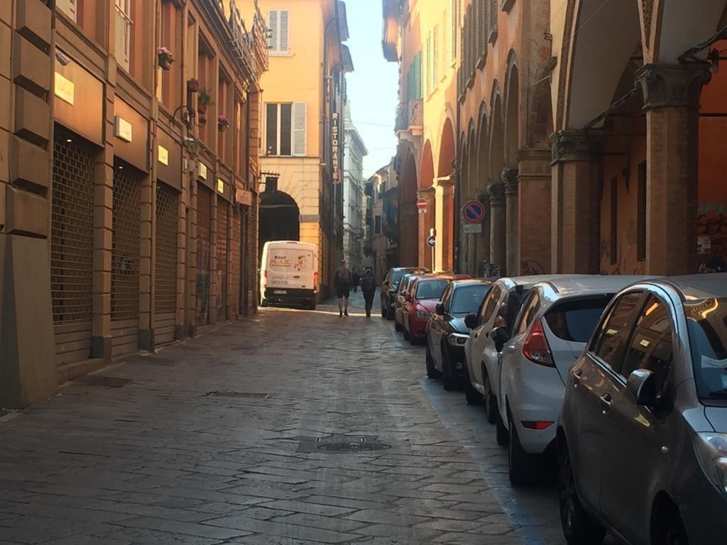 Une rue dserte  Bologne en Italie pendant le confinement  Photo  ANSA